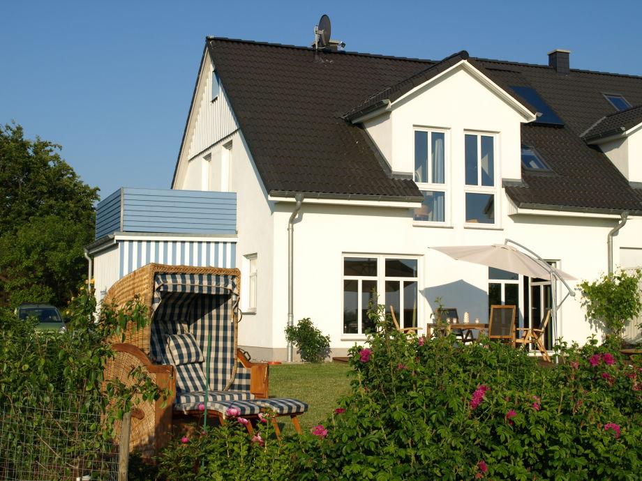 Aussicht vom Gartenbereich aufs Haus
