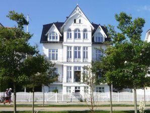 Ferienwohnung in der Villa Fortuna am Meer - Wohnung 1