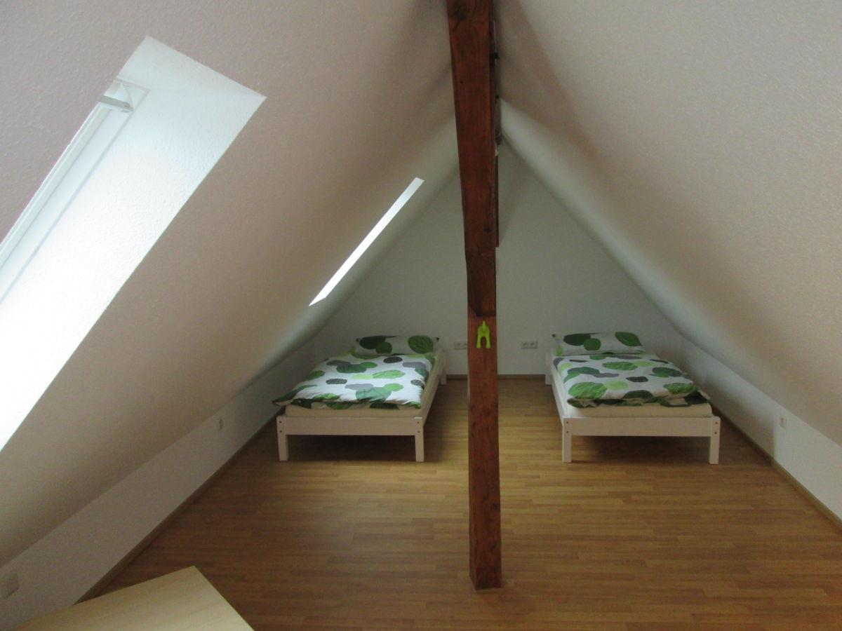 Ferienwohnung auszeit spirkelbach spirkelbach frau - Kinderzimmer spitzboden ...