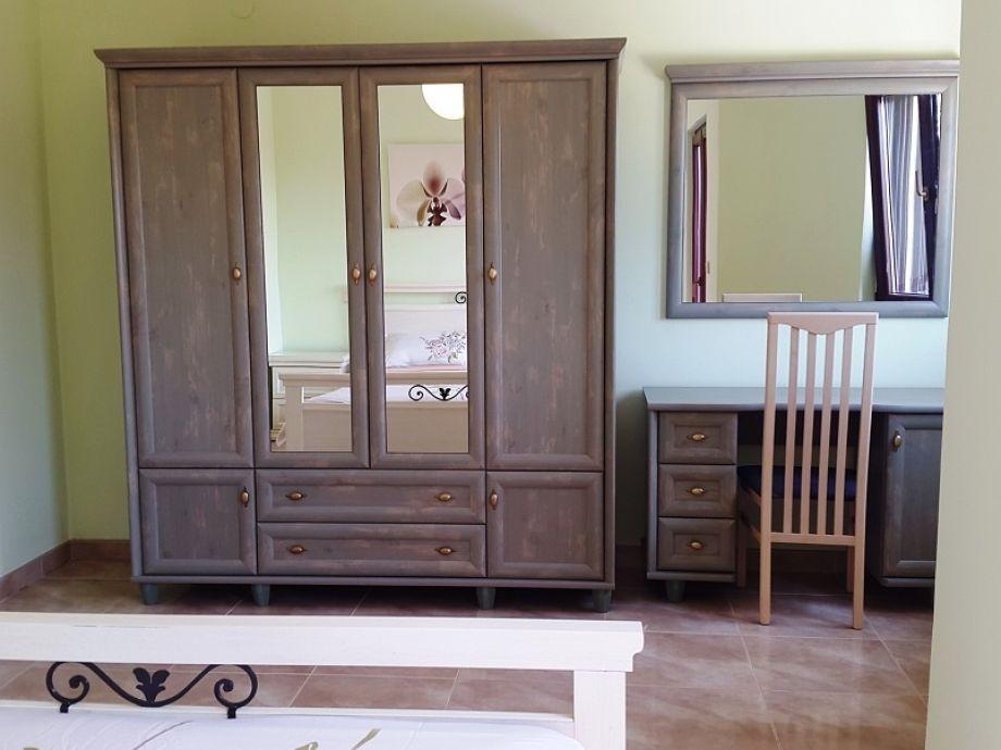 ferienwohnung branka 2 istrien medulin firma vrijedna ruka d o o. Black Bedroom Furniture Sets. Home Design Ideas
