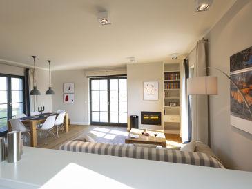 Ferienhaus Strandnahe Premium- Reetdachvilla mit Wasserblick