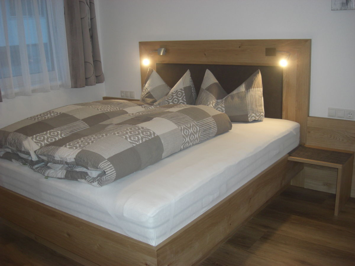 ferienwohnung tanja tipotsch zillertal mayrhofen hippach schwendau frau tanja tipotsch. Black Bedroom Furniture Sets. Home Design Ideas