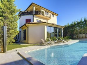 Villa 900