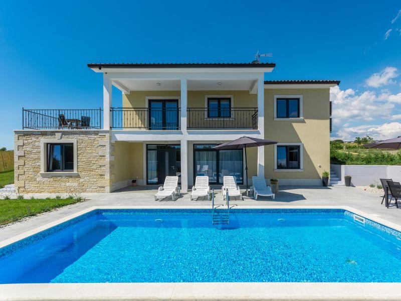 Villa 779