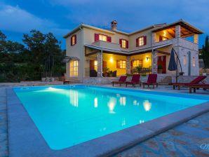 Villa Stupenda