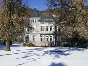 Ferienwohnung Villa 5 Eichen