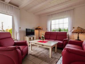 Ferienwohnung Haus Friesenhain A