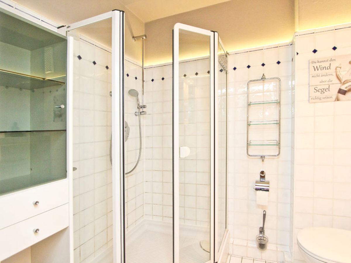 ferienwohnung strandperle im haus adria ostsee scharbeutz firma b bs appartements firma. Black Bedroom Furniture Sets. Home Design Ideas
