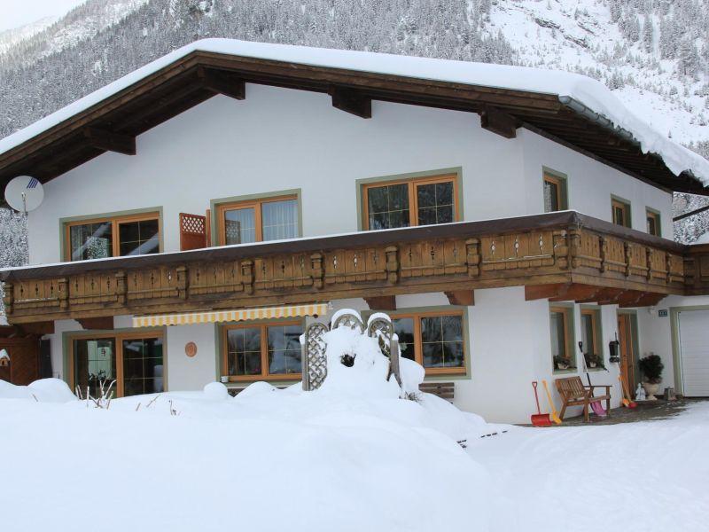 Ferienwohnung Zugspitze im Gästehaus Müller