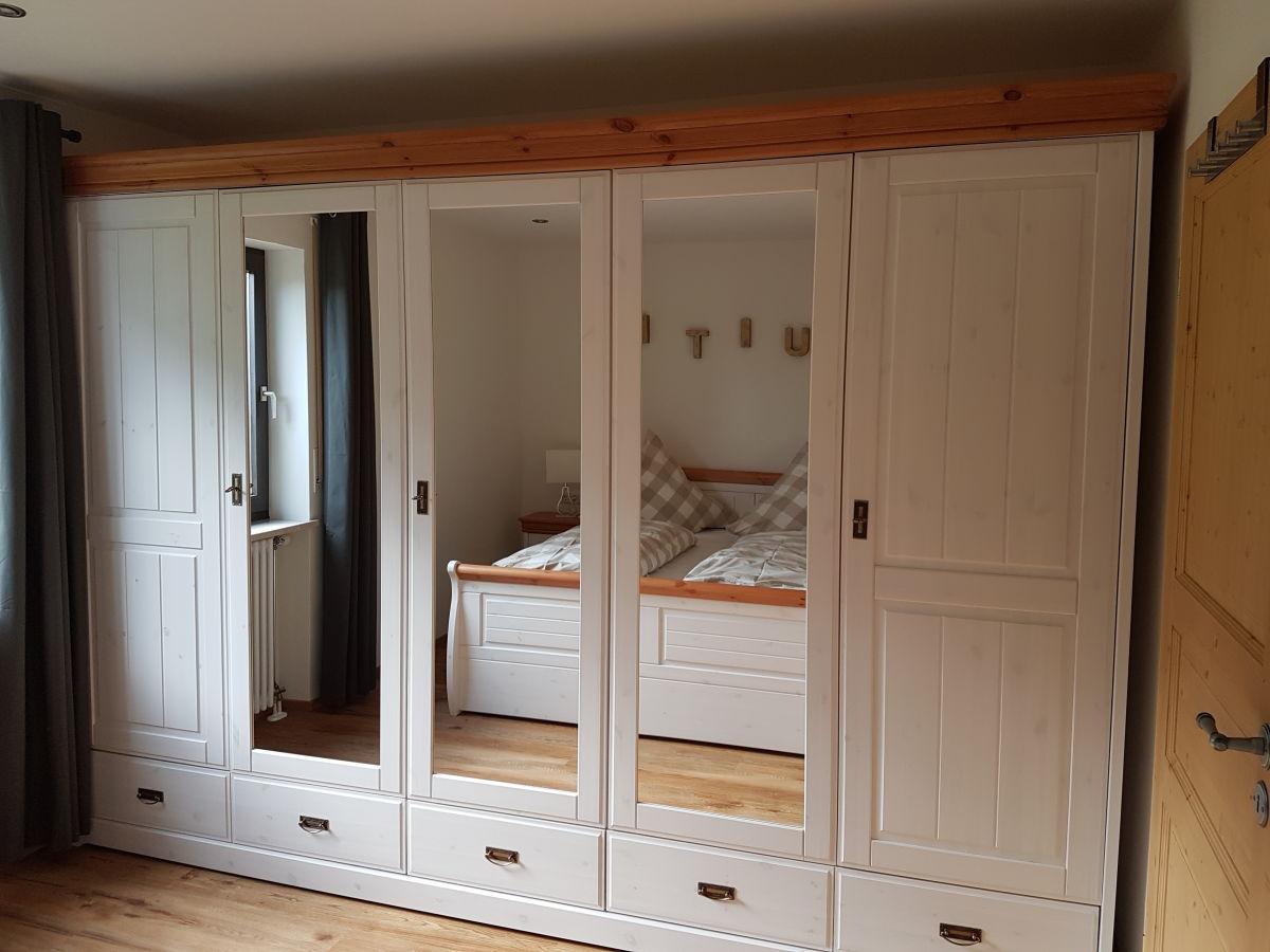 ferienwohnung steibis suite oberstaufen firma gr mitz wiesengrund gbr c o raithel verwaltungs. Black Bedroom Furniture Sets. Home Design Ideas