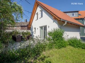 Ferienhaus mit Terrasse - Grünes Haus