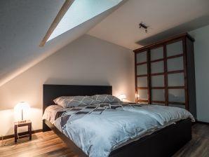 3924 Moderne Ferienwohnung - Grünes Haus