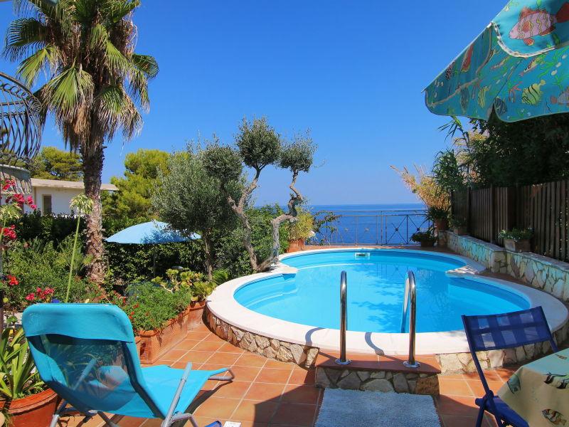 Holiday house Villa Corallo