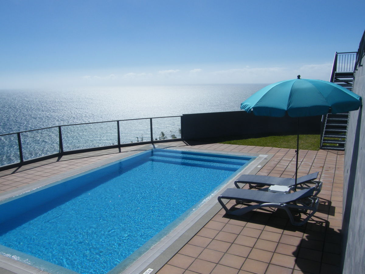 Villa vista do mar madeira arco da calheta frau for Garten pool 4m