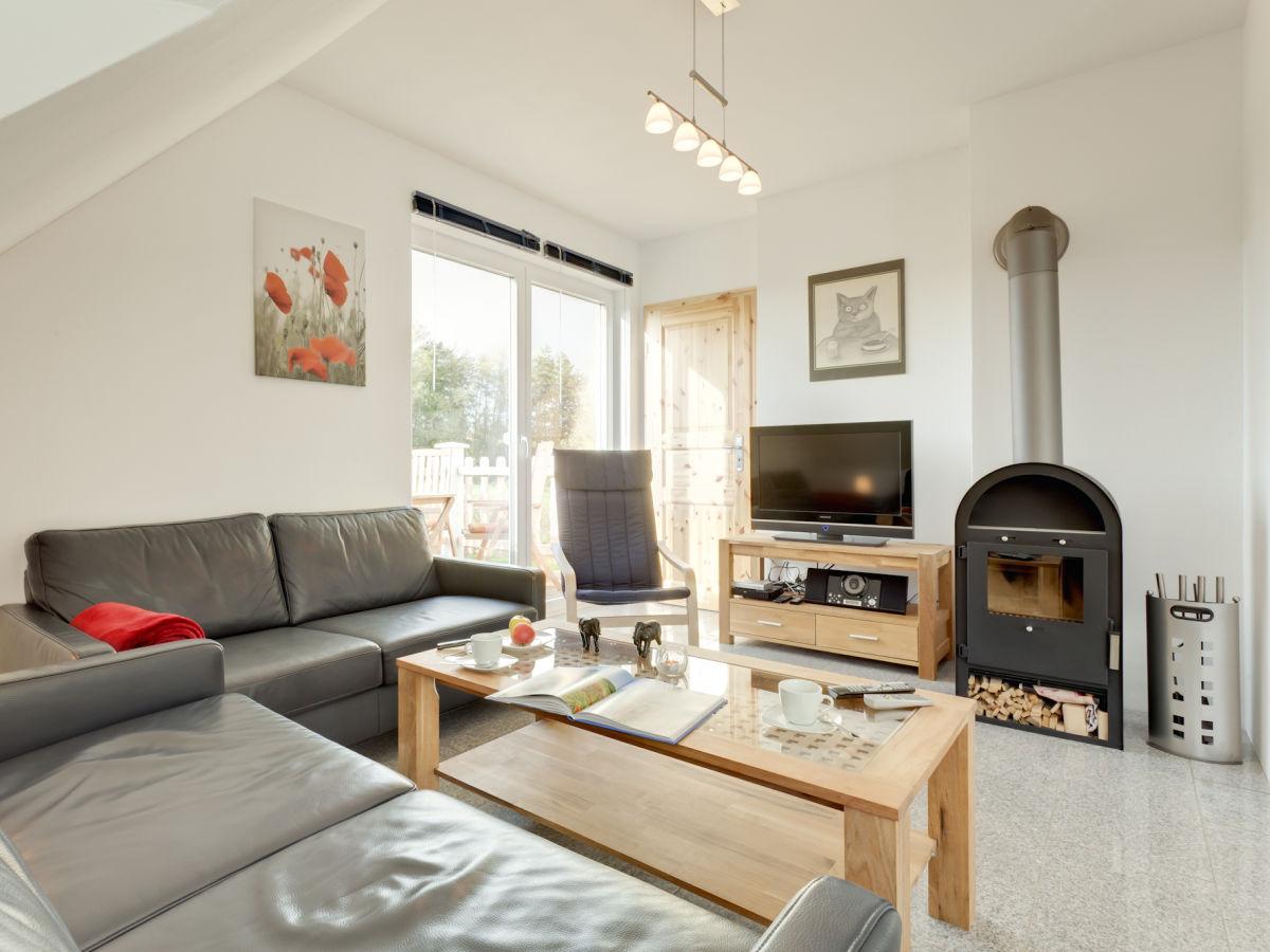 ferienwohnung haus m nster an der ostsee strand 250 m wohnung 2 wohlenhagen herr rolf groba. Black Bedroom Furniture Sets. Home Design Ideas