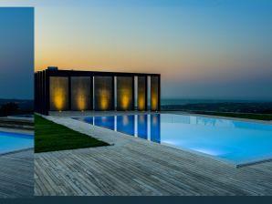 disCrete Villa Amnatos