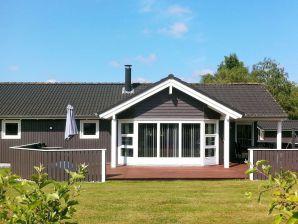 Ferienhaus Væggerløse, Haus-Nr: 54076