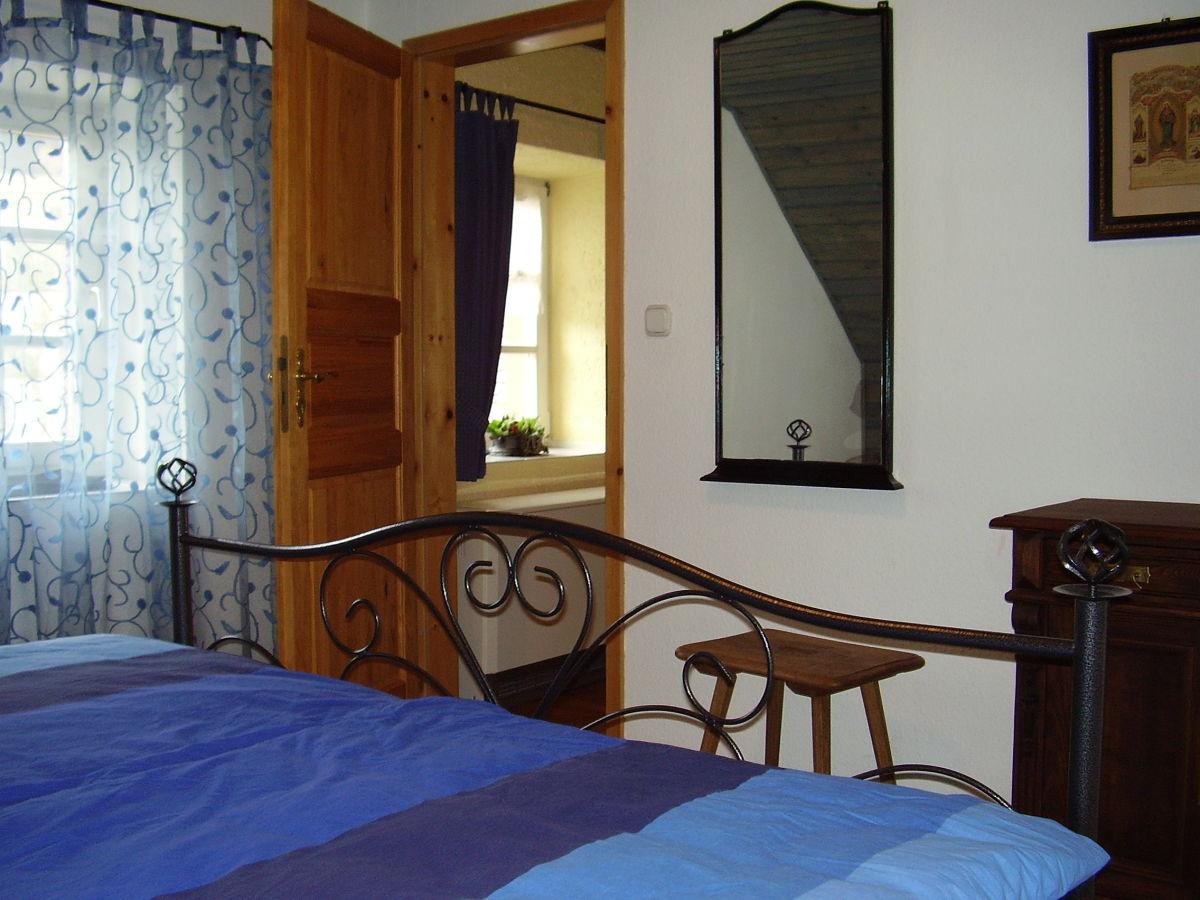 ferienhaus zum lindenfeld nahe eifelsteig und lieserpfad vulkaneifel frau claudia hennig. Black Bedroom Furniture Sets. Home Design Ideas