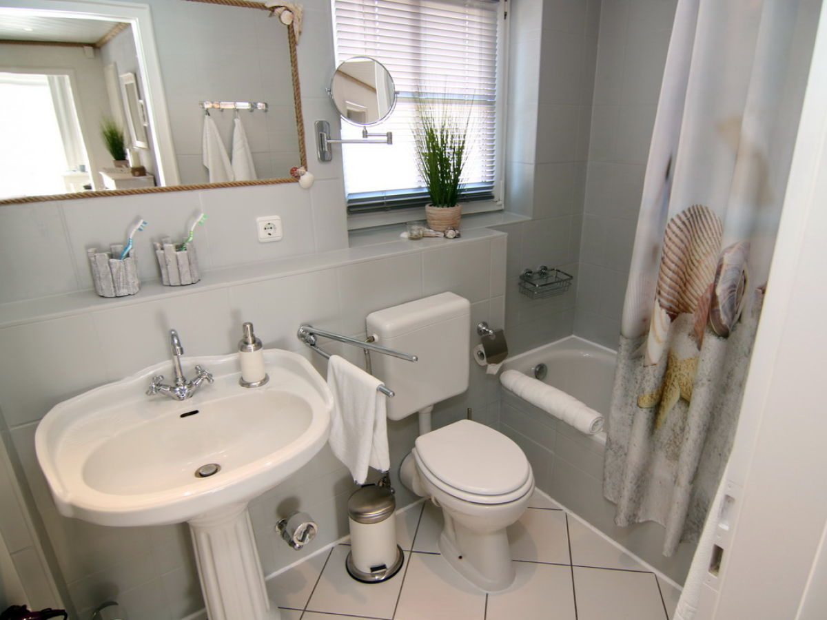 ferienwohnung strandgut das appartement ostseebad sch nhagen herr ulrich bartholmei. Black Bedroom Furniture Sets. Home Design Ideas