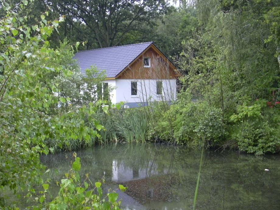 Ferienhaus mit Teich
