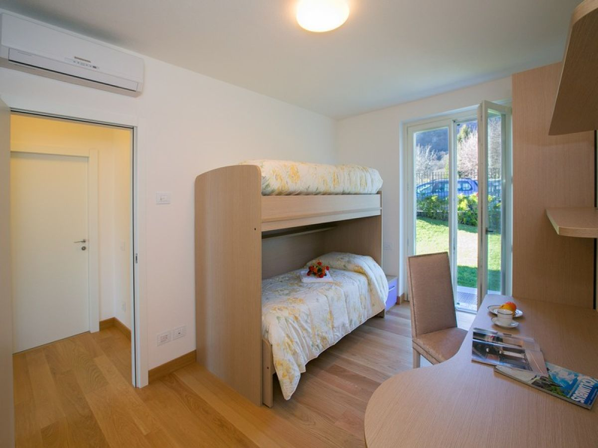 villa meraviglia 1272 griante cadenabbia firma lake como holiday frau larisse mercera. Black Bedroom Furniture Sets. Home Design Ideas