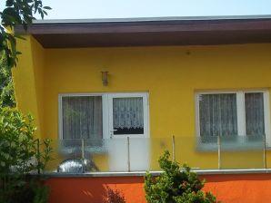 Ferienwohnung Garten mit Terrasse