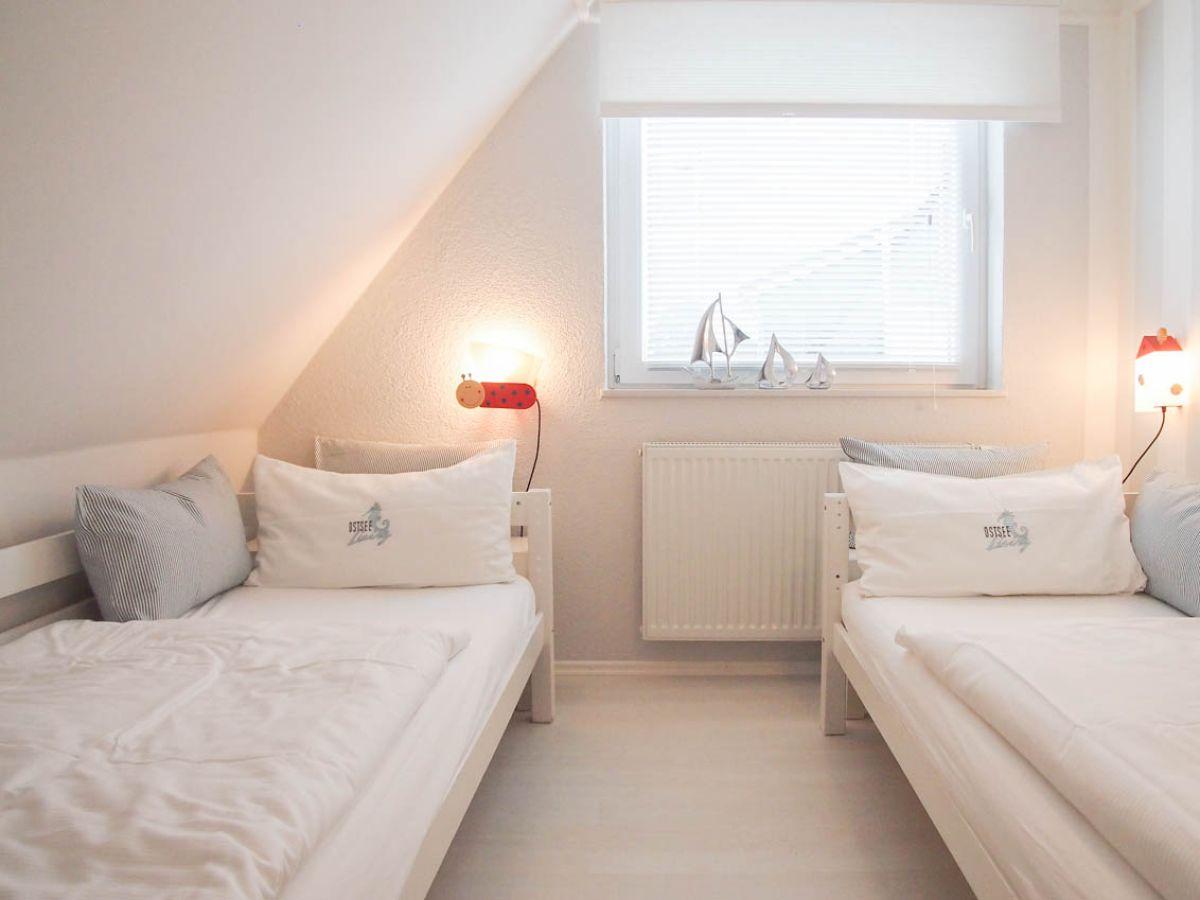 ferienwohnung mare hemmelsdorf firma ostsee living frau birgit nottmeier. Black Bedroom Furniture Sets. Home Design Ideas