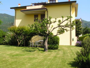 Holiday apartment IL GLICINE Franciacorta - Lake Iseo