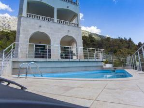 Ferienwohnung Villa Alina