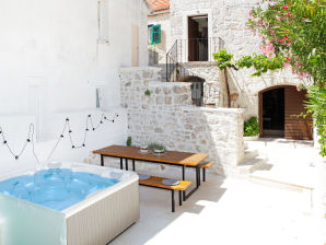 Holiday house Villa Illyria