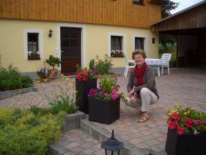 Ferienwohnung Schulze 3, Gartenlust