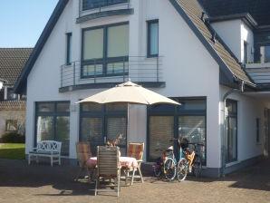 Ferienwohnung Terrassenwohnung in der Seestraße in Börgerende