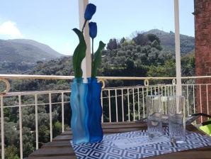 Ferienwohnung Iris House