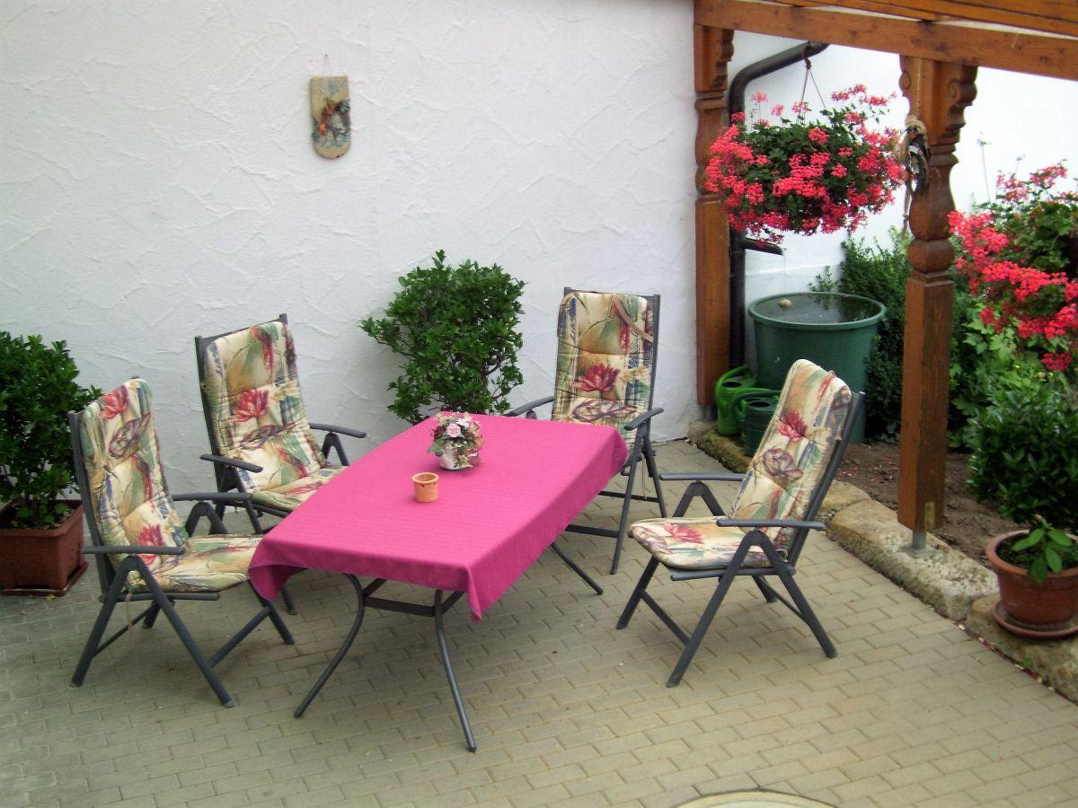 ferienwohnung schatz kornblume oberes maintal. Black Bedroom Furniture Sets. Home Design Ideas