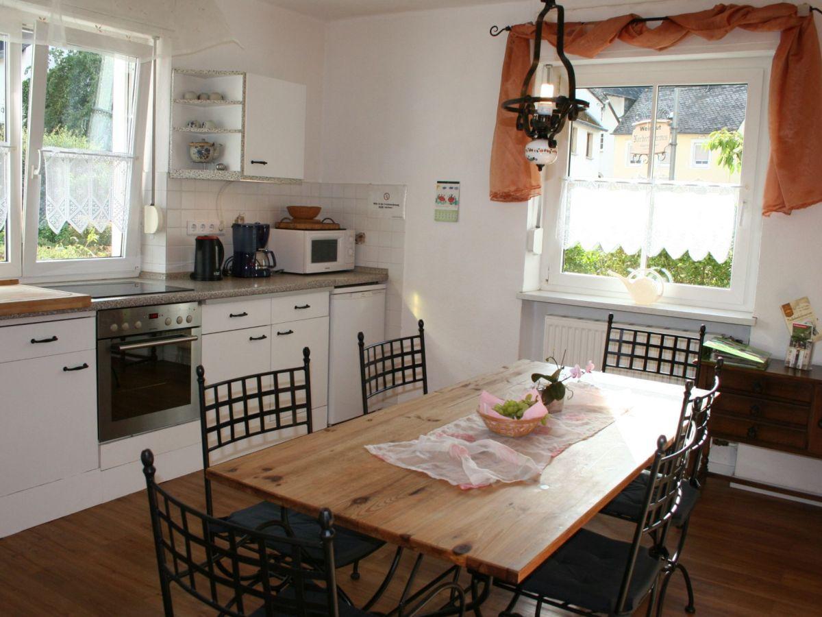 ferienhaus pr sch mosel trittenheim frau birgit pr sch. Black Bedroom Furniture Sets. Home Design Ideas