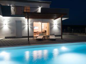 Villa Dalmacija 365 No. 5