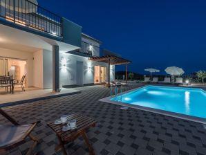 Villa Dalmacija 365 No. 7