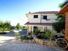 Ferienwohnung Case Vacanza Villa Garden Mono