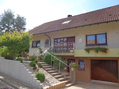 "1 ""Haus am Weinberg"""