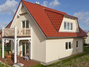 Ferienwohnung Haus Münster an der Ostsee -Strand 250 m  - Wohnung 1