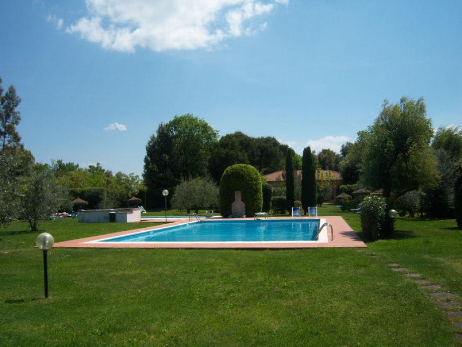 Ferienhaus abete weingut tenuta toskana gambassi terme for Garten pool 4m