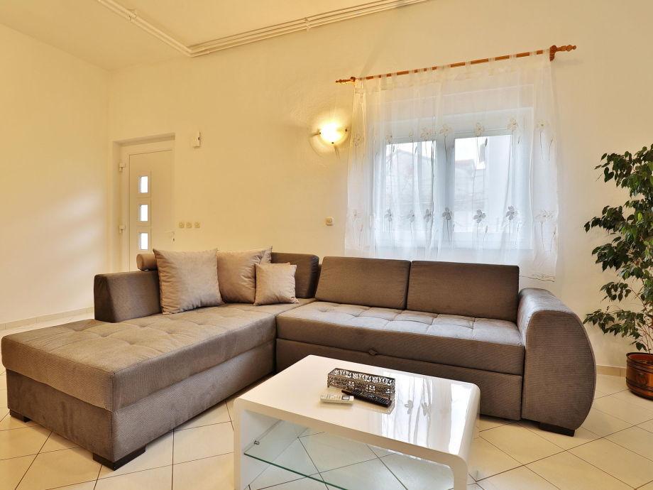 ferienwohnung zelic no 2 norddalmatien zadar firma. Black Bedroom Furniture Sets. Home Design Ideas