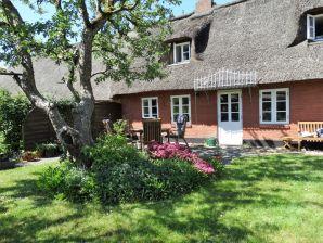 Ferienhaus Reetdach-Haus in Nordseenähe