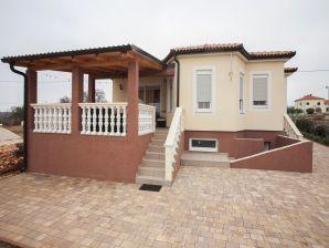 Villa Vila Visocane