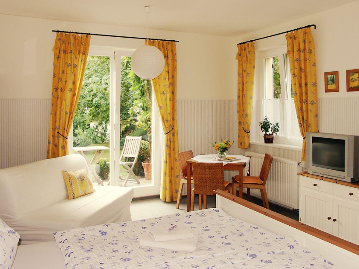 Wohn Schlafzimmer Modern Pic - sourcecrave.com -