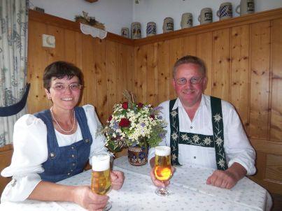 Ihr Gastgeber Ingrid und Hubert Thoma
