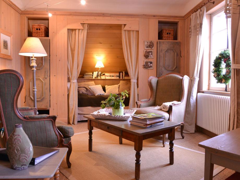 Wohnzimmer mit Bettnische