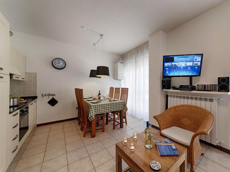 Holiday apartment Camelia 24
