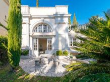 Villa La Fontaine