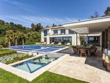 Villa Villa Azura